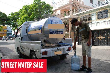 Venta De Agua En Las Calles